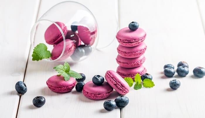 Picnic Macarons