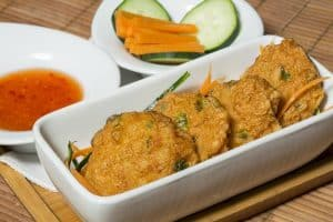 Thai fish cakes with chili sauce