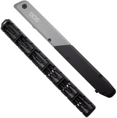 SOG Baton Q4 multi-tool